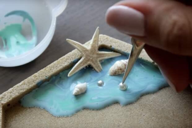 Соединив клей ПВА + песок, вы получите невероятное украшение
