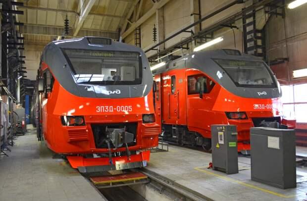 В Ростов приехали две первые электрички серии ЭП3Д