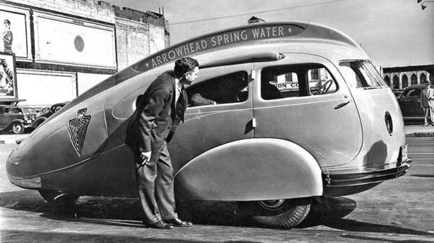 Нескладный трехколесный вагончик Arrowhead для рекламирования ключевой воды. 1936 год авто, автодизайн, автомобили, дизайн, интересные автомобили, минивэн, ретро авто