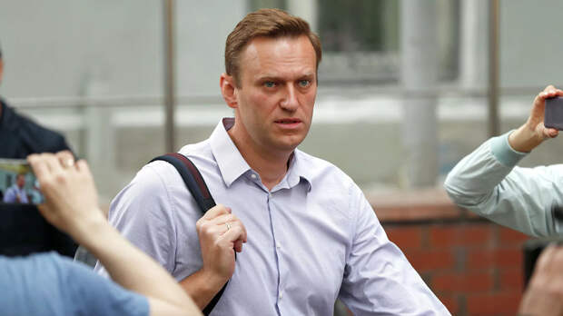 Горе-блогер Навальный и неудачная попытка инсценировать «отравление»