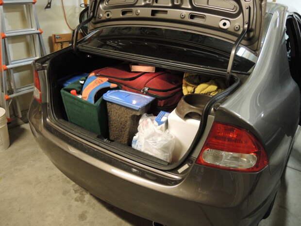 Перевозим вещи с умом. /Фото: fitfeat.com