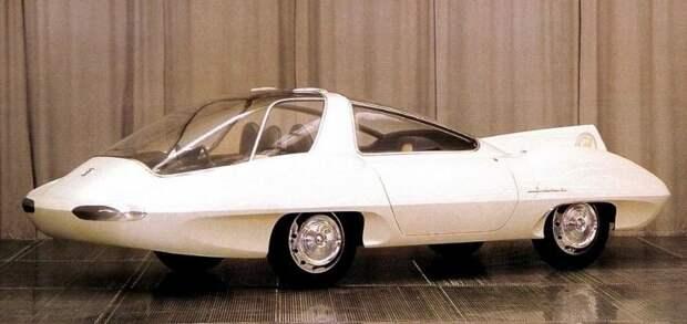 Макетный образец трехместного скоростного автомобиля Selena-II работы Луиджи Сегрэ. 1960 год авто, автодизайн, автомобили, дизайн, интересные автомобили, минивэн, ретро авто