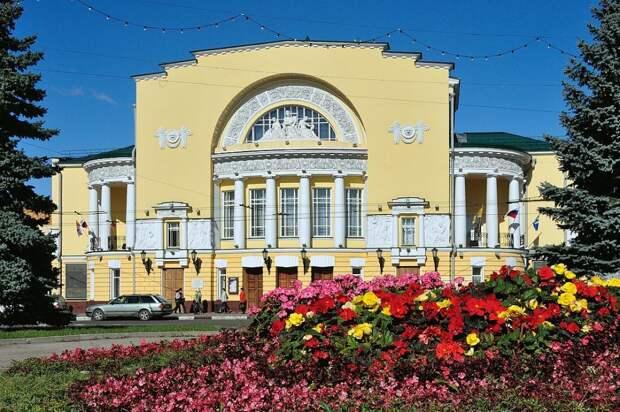 В Ярославле открылся 3-й Фестиваль русских зарубежных театров