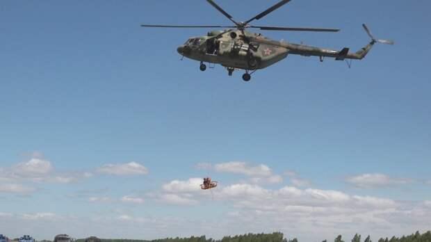 Три человека стали жертвами крушения вертолета Ми-8 под Гатчиной