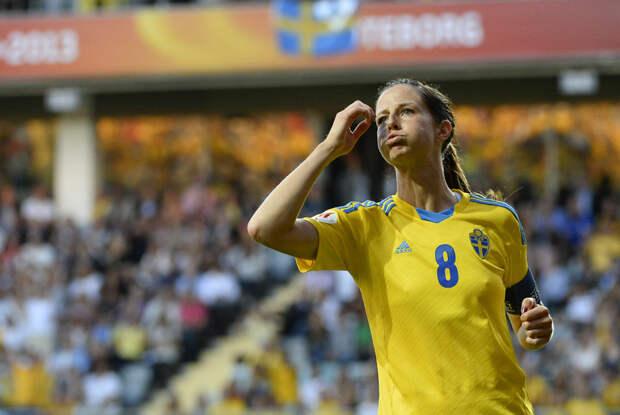 Лотта Шелин (Швеция)