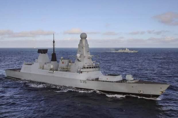 В Британии возмущены использованию эсминца Defender в рекламе нового Су-75