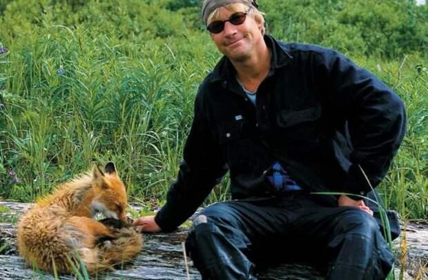 Свой среди чужих: 8 реальных историй людей, сумевших выжить в дикой природе