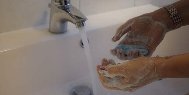 Ялтинцам дают воду до подъема и возвращения с работы домой