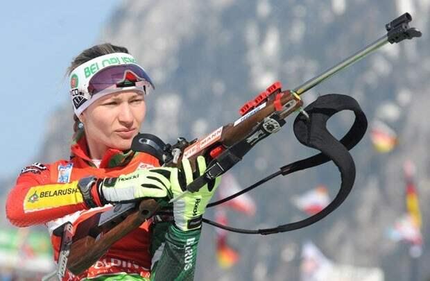 Домрачева одержала уверенную победу в масс-старте