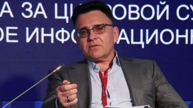 Александр Жаров заявил, что верит в примирение Бузовой и Губерниева