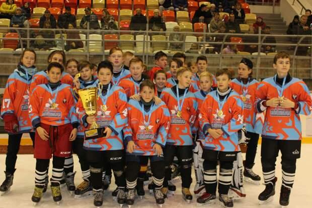 В Удмуртии завершился второй сезон хоккейного турнира, посвящённого памяти Михаила Калашникова