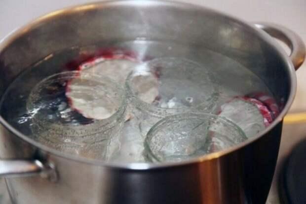 Как простерилизовать банки за 3 минуты: способы подготовки тары для консервации