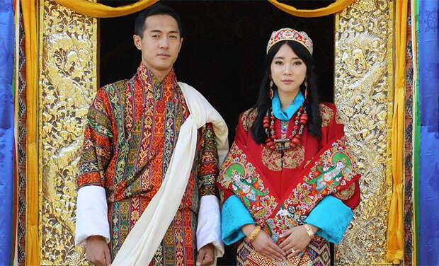 Сестра короля Бутана вышла замуж за брата королевы: официальные фото