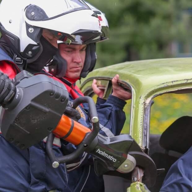 В Москве на дежурство заступил отряд спасателей-мотоциклистов