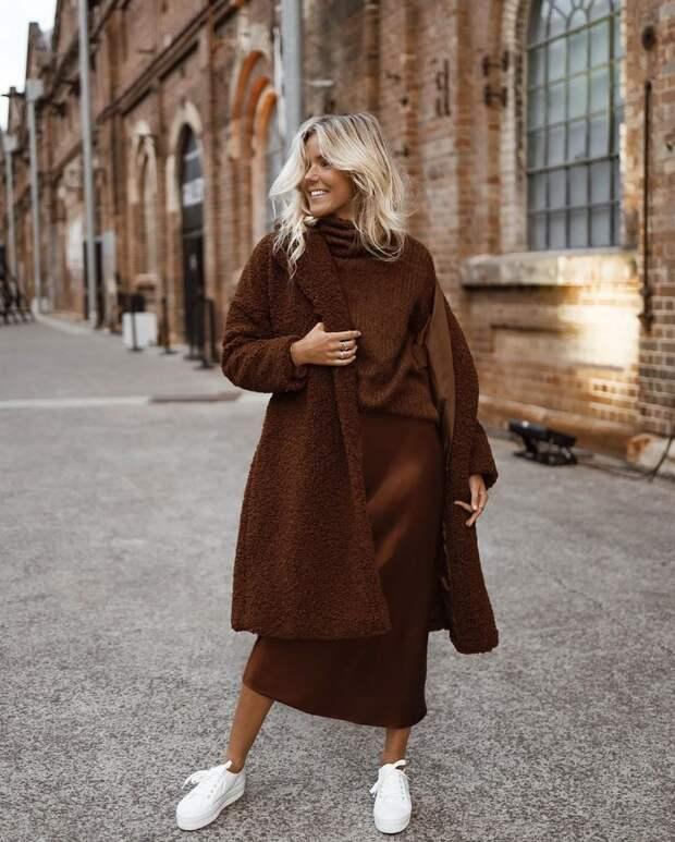 Осень цвета шоколада: 21 уютный образ в коричневом цвете