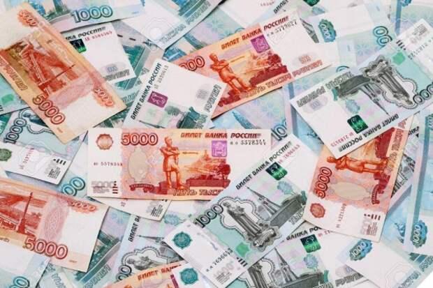 В Севастополе госпредприятие должно отдать своим сотрудникам 740 тысяч рублей