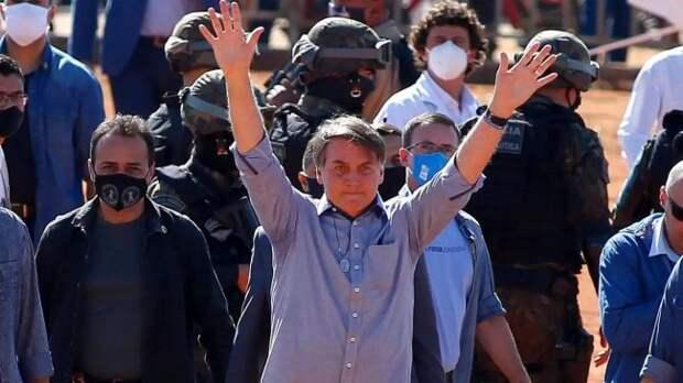 «Бразильский Трамп» Болсонару выводит страну изВОЗ