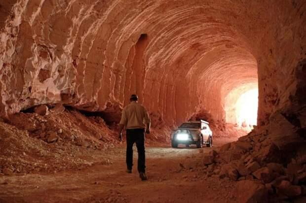 Необычный подземный город с развитой инфраструктурой привлекает туристов / Фото: knowhow.pp.ua