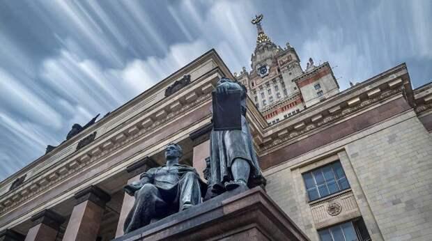 Однокурсники пожаловались на поведение девятилетней студентки МГУ