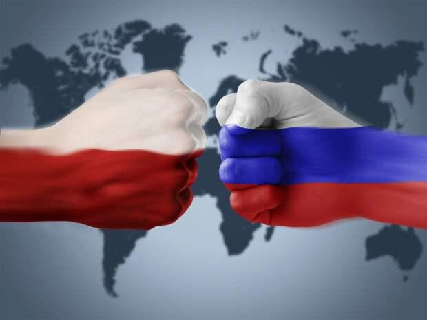 Политолог Дзермант напомнил Якубу Корейбе о страхе Польши перед Россией