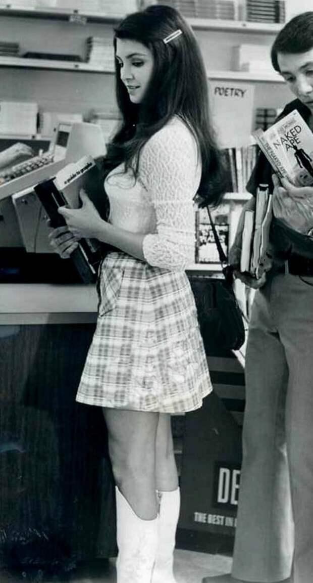 Красотка из 70-ых Виктория Принсипал