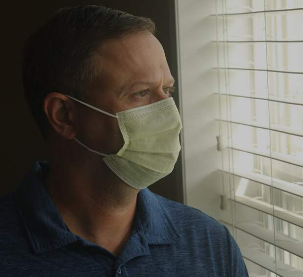 Развожаев изолировал севастопольцев от коронавирусной инфекции
