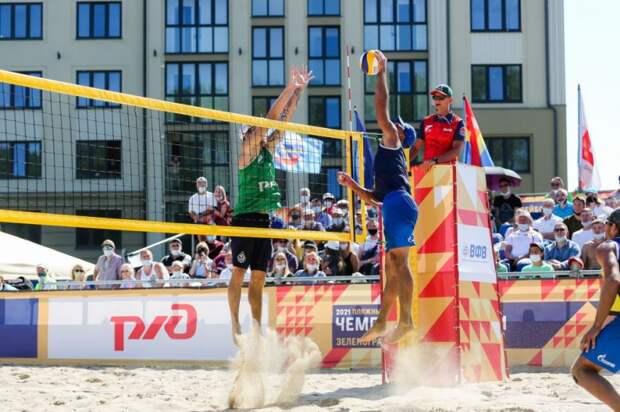 Пляжные волейболисты с Ленинградки стали бронзовыми чемпионами России