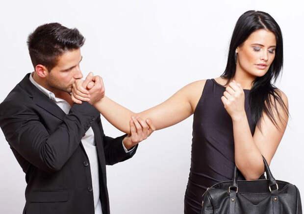 5 основных ролей, которые играют вотношениях влюбленные женщины