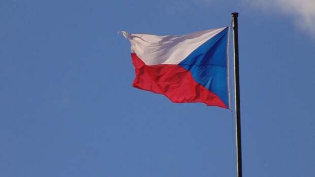 Состав российского посольства в Чехии сократится до уровня дипмиссии в Москве
