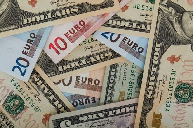«Дороже золота»: названы самые надёжные валюты мира