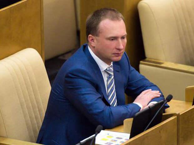 Игорь Лебедев предложил гражданам «сломать систему», не нарушая закон