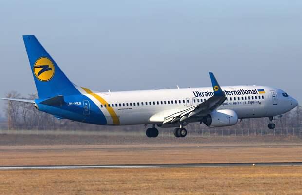 Загорелся в воздухе: Иран предоставил предварительный отчет о гибели украинского лайнера