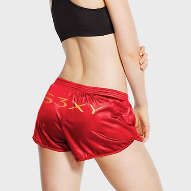 S3XY: Илон Маск выпустил красные шорты под брендом Tesla, чтобы поиздеваться над инвесторами