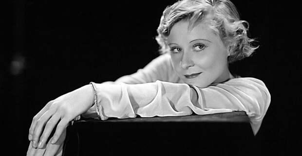 6 фактов об актрисе Пэг Энтуисл, которая прыгнула с надписи «Hollywood»