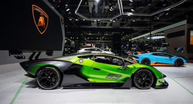 Гусеничный суперкар Lamborghini Essenza SCV12 стал главной неожиданностью автосалона в Шанхае