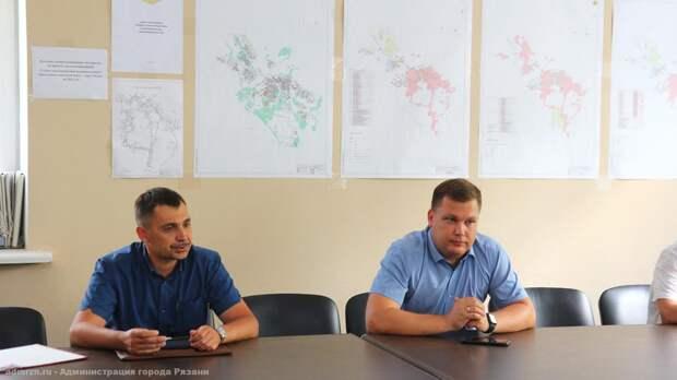 Ясинский поручил восстановить асфальт на улице Братиславской, разрытый после ремонта