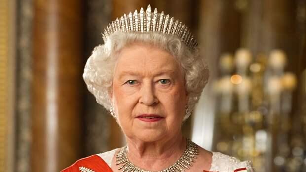Королева Елизавета II в скором времени может покинуть свой пост
