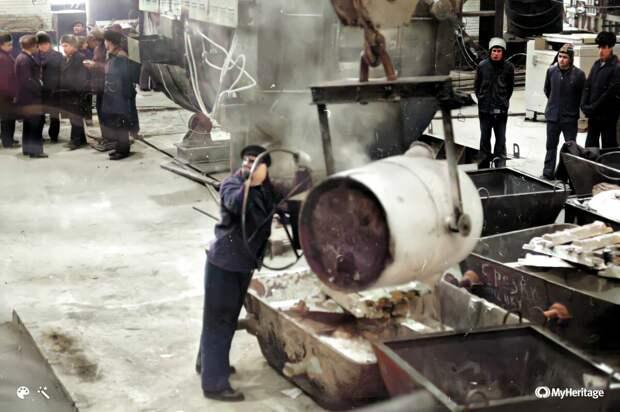 Первая плавка в цехе алюминиевого литья 31 декабря 1980г.