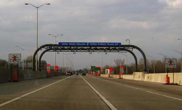 С российских дорог уберут шлагбаумы и пункты оплаты