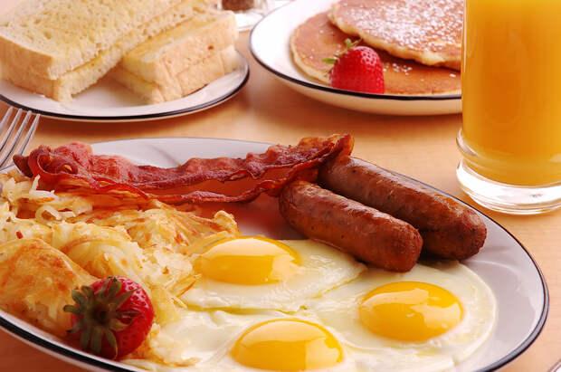 http://www.heartspoken.com/wp-content/uploads/2012/10/bigstock_Breakfast_4522161.jpg