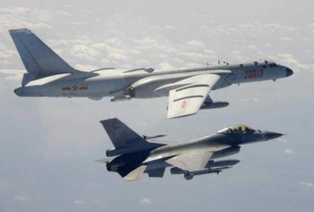 """Россия развернула в Крыму против кораблей США """"Бастион"""", а китайцы имитируют ракетный удар по авианосцу США в Южно-Китайском море"""