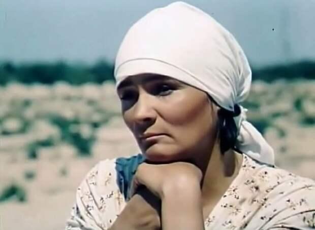 Кадр из фильма *Полоска нескошенных диких цветов*, 1979 | Фото: kino-teatr.ru