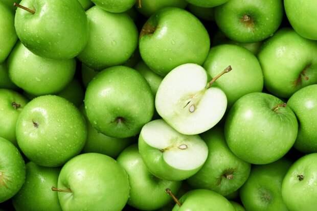 Яблоки делают зубы крепче и здоровее