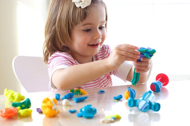 Учим малыша играть самостоятельно