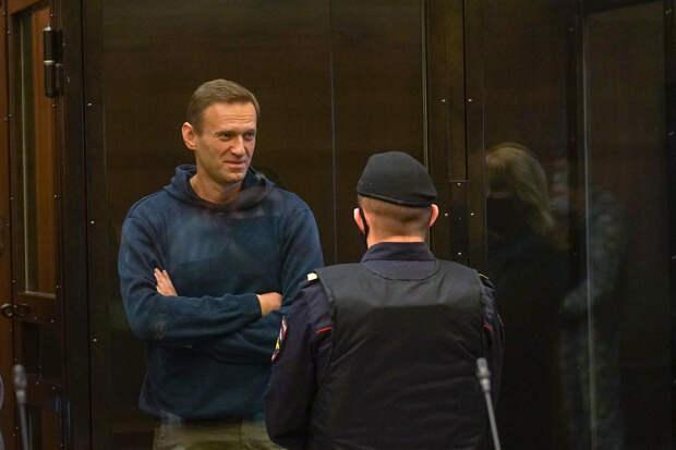 Навальный призвал судью по делу о клевете не позориться и учить законы РФ