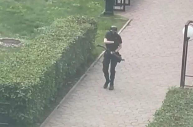 Открывшего стрельбу в университете в Перми задержали