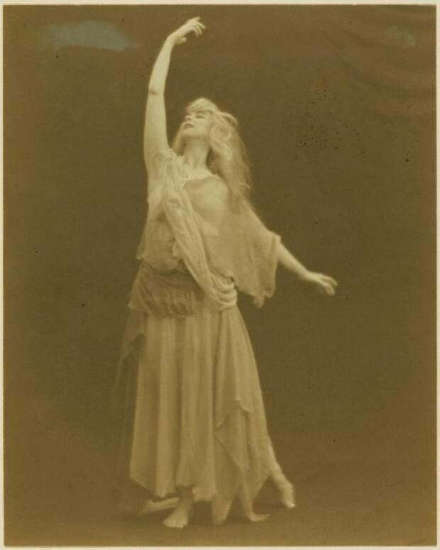 Рут Сен-Дени. Экзотическая звезда эпохи модерн