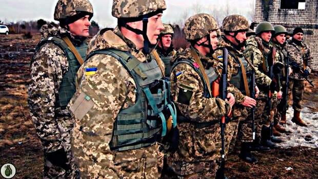 Жители украинской части Донбасса начали покупать оружие у украинских военных. Какие последствия могут быть