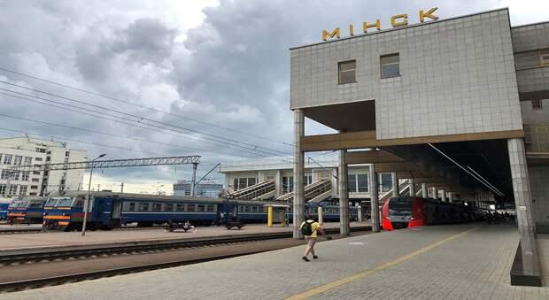 «Ласточки» РЖД — лучший способ добраться до Беларуси. Скорость, комфорт и ковидная безопасность: репортаж из скоростного поезда «Москва — Минск»