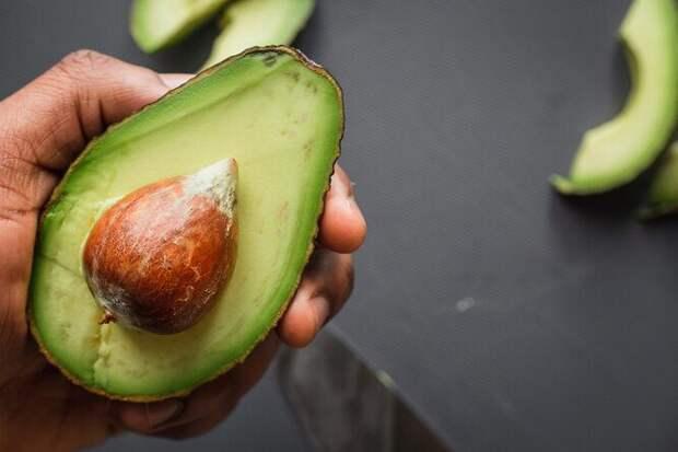 40 продуктов, которые помогут снизить его уровень холестерина